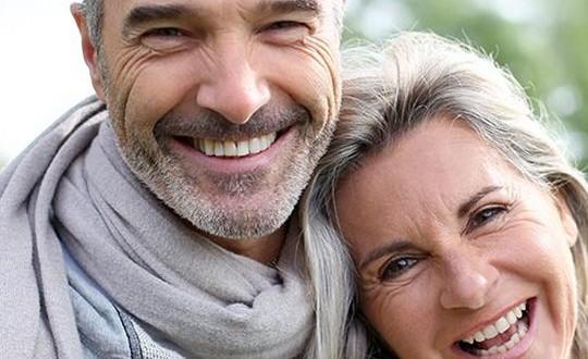 Contact Senior, precios y opinones de un portal fiable y seguro